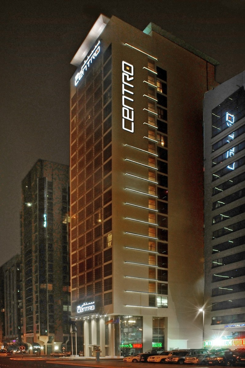 Ga architects abu dhabi hotel centro airport road for Hotel centro